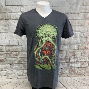 Fruit of the Loom Mens Tee Size M Alien Attack NWT